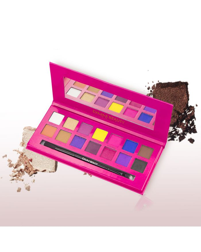 High-gloss pearl eyeshadow palette with eyeshadow brush and makeup mirror